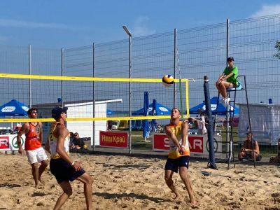 """На Світязі відбувся етап чемпіонату України з пляжного волейболу за підтримки мереж SPAR та """"Наш Край"""""""